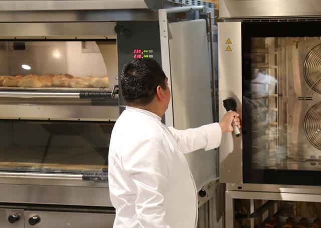 demostracion-equipo-panaderia-cdmx-imagen-3